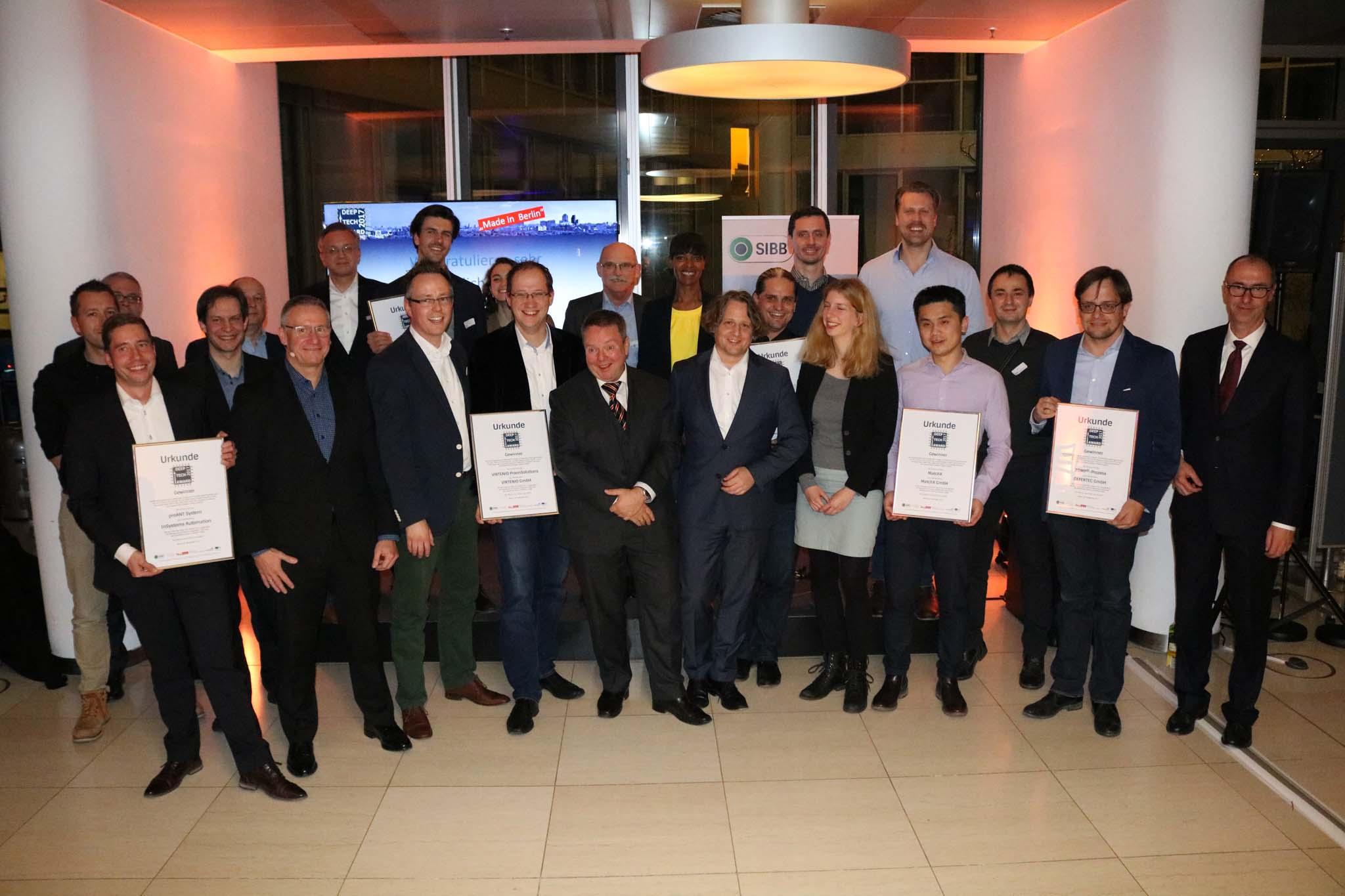 Bild mit Preisträgern des Deeptechawards 2017